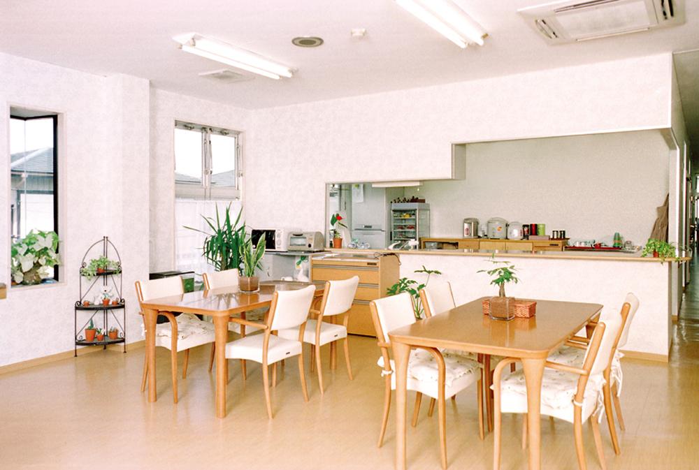 浦和-グループホーム食堂・談話室