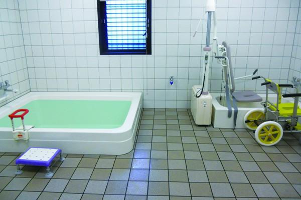 癒しのデイサービス尼崎北・リハビリデイサービス尼崎北-浴室