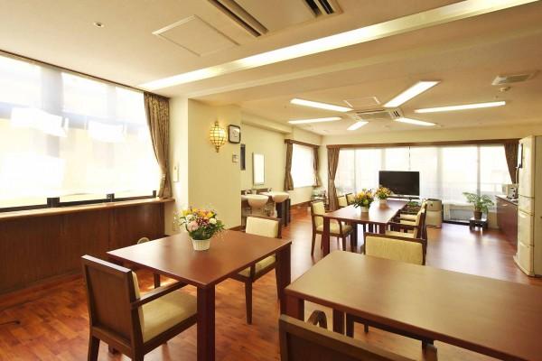 新井薬師-2階食堂