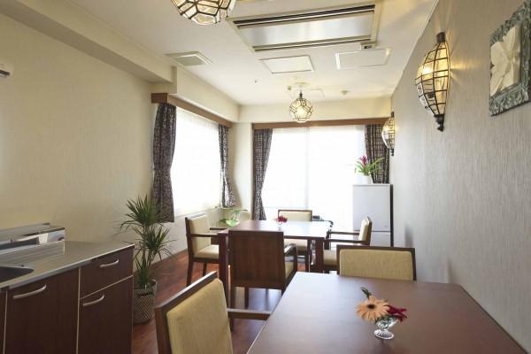 新井薬師-4階食堂